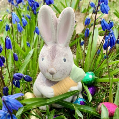 Create Art Studio Ceramic painting Bunny with carrot sculpture pottery at home